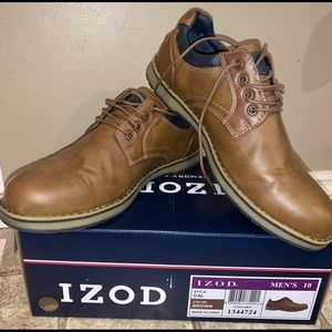 IZOD new in box brown memory foam casual shoe 10
